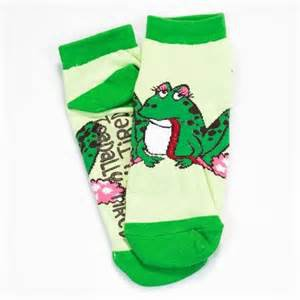 Toadally Tired Frog Slipper Socks